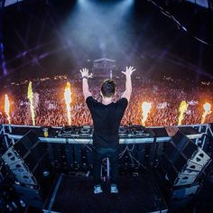 Stream Martin Garrix LIVE @ Sziget Festival by DRTM Channel from desktop or your mobile device Lps, Markus Schulz, Pete Tong, Festival Photography, Best Dj, Edm Festival, Avicii, Festivals 2015, Good Vibes Only