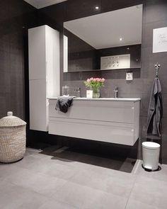 Likes, 20 Comments – Medina H. (Medina) on I… – – Badezimmer Ideen Bathroom Renos, Laundry In Bathroom, Bathroom Renovations, Small Bathroom, Bathroom Decor Pictures, Bathroom Inspo, Bathroom Inspiration, Bathroom Design Luxury, Modern Bathroom Design