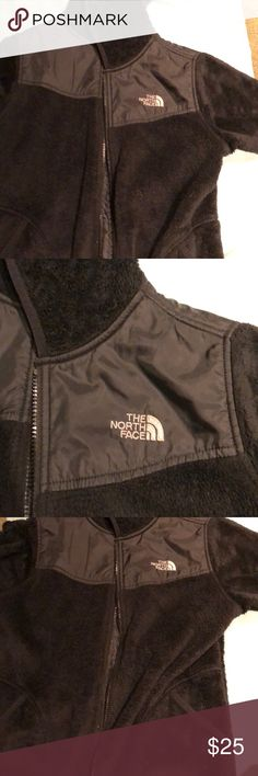 Black north face jacket Fuzzy jacket with a hoodie The North Face Jackets & Coats