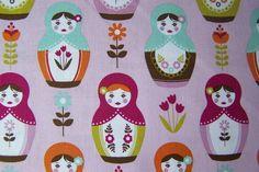 Riley Blake Little Matryoshka Blumen Puppen Herzen Baumwollstoff Matroschka