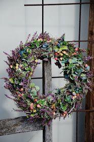 LILJOR OCH TULPANER: September inspirerar Christmas Flowers, Fall Flowers, Christmas Wreaths, Hydrangea Wreath, Floral Wreath, Flower Wreaths, Fall Decor, Holiday Decor, Welcome Wreath