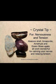 Healing crystals for tension Crystal Magic, Crystal Grid, Amethyst Crystal, Crystals And Gemstones, Stones And Crystals, Gem Stones, How To Calm Nerves, Healing Stones, Healing Crystals