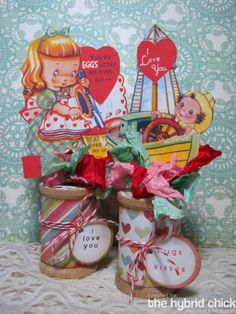 VAlentine Spool Decorations. Use the kids pictures in stead of valentines or amybe a display with both?