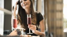 Enjoy an indulgent two-hour free-flow of bubbly at The Lounge at Four Seasons Otemachi all February long. Boasting unrivalled views of Tokyo's Imperial Palace g Sky Restaurant, Tokyo Things To Do, Tokyo Imperial Palace, Four Seasons Hotel, Flow, February, Bubbles, Lounge, Airport Lounge