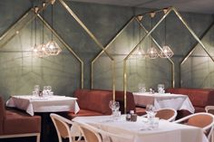 #house It's beautifull entrance, cozy seating and bistro appearance makes you feel like you just entered a real french bistro in the city centre of Paris. The characteristic combination of green and gold finishes it off.