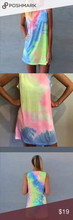 Cute Tye dyed dress Colorful tye dyed dress. Super cute and fits well. It is a little thin but super cute! Dresses Mini