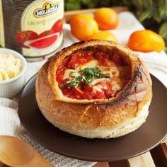 Cheesy Tomato Soup: Pizza You Can Slurp
