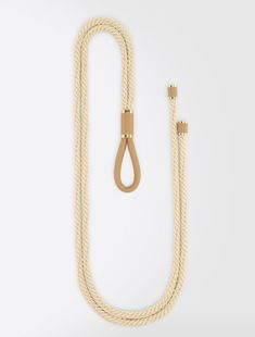Max Mara, 2018 / CACAO / white: Cord belt / Tubular cord belt to be tied at the waist. Couture Fashion, Diy Fashion, Fashion Outfits, Fashion Design, Ceinture Large, Obi Belt, Max Mara, A Boutique, Diy Clothes