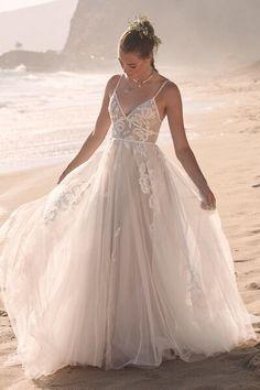 Wedding Dresses | Abbott's Bridal | Canton, OH Bridal Boutique Gatsby Wedding Dress, Sweetheart Wedding Dress, Elegant Wedding Dress, Best Wedding Dresses, Tulle Wedding, Elegant Dresses, Bridal Dresses, Whimsical Wedding Dresses, Bridal Sash