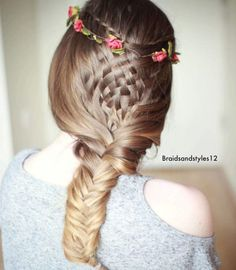 19 Fishtail Hairstyles for that hip look  Hairstyle Monkey Fishtail Hairstyles, Indian Hairstyles, Braided Hairstyles, Cool Hairstyles, New Things To Try, Braids With Weave, Hair Care, My Style, Hair Styles