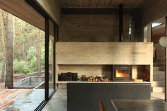 Incredible glass and concrete home in the forest House On The Rock, House In The Woods, Interior Decorating Styles, Interior Ideas, Interior Design, Beautiful Places To Live, Concrete Houses, Natural Interior, New Home Designs