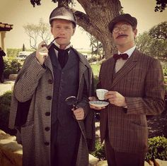 Quando David e Neil vestiram estas roupas e ficaram totalmente perfeitos juntos: