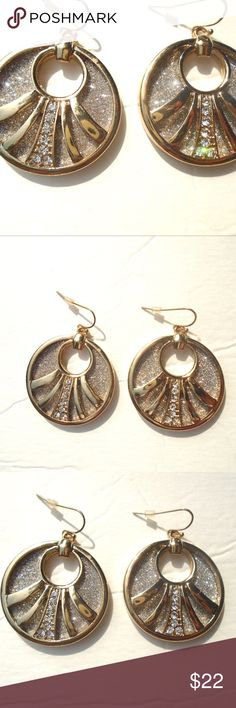 NWT! GOLD PLATED & DIAMONIQUE DANGLING EARRING NWT! STUNNING GOLD PLATED & DIAMONIQUE & PAVE DANGLING EARRINGS BUY NOW! GREAT ITEM TO ADD TO A BUNDLE.. SUGGESTED SELLER SAME DAY SHIPPING SHOP WITH CONFIDENCE @richera137 Jewelry Earrings