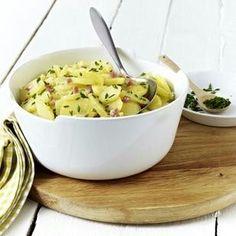 Das Rezept für Klassischer Kartoffelsalat mit Brühe und weitere kostenlose Rezepte auf LECKER.de