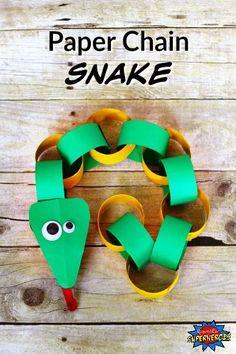 Een slang knutselen van een papieren ketting.
