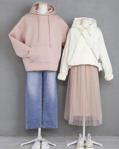 Fashion Couple, Teen Fashion Outfits, Kpop Outfits, Korean Outfits, Cute Fashion, Style Fashion, Korean Fashion Trends, Korean Street Fashion, Korea Fashion