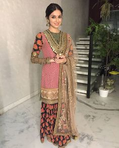 #divyakhoslakumar @divyakhoslakumar in a #Sabyasachi for the #LakmeFashionWeekGrandFinaleWinterFestive2016 #IIIuminateBySabyasachi @lakmefashionwk #LakmeIndia #LakmeFashionWeek #TheWorldOfSabyasachi #fashion #style #nofilterneeded #makeupart #makeupoftheday #lookoftheday #makeupartistry #makeupperfector #makeupobsessed #makeupobsessed #pinklips #edgyhair #easterninspiration #bollywood #Bollywoodstar #beautiful #august #2016 #bollywoodfashion #mumbai #obssessed #hairart #Bollywoodstar