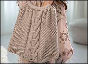 Návod zdarma: Pletená taška s copánkovým vzorem s dřevěnýma ušima | Přítelkyně.eu – kreativní internetový časopis pro ženy Knitting, Sweaters, Fashion, Moda, Tricot, La Mode, Breien, Sweater, Stricken