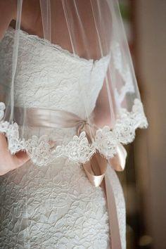 Like the veil a lot