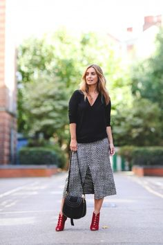 cd5312bff47 Louise Redknapp Fashion Blog A Style Album Louise Redknapp, Net A Porter,  Midi Skirt