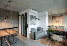 A empresa Formafatal foi encarregada de projetar esse loft com pegada industrial, em Praga. Com 85 metros quadrados, o apartamento precisou ter 44 peças de mobiliários projetadas para completar o layout convencional. Ainda foram adicionadas, peças da década de 1950.