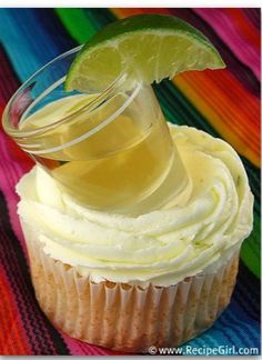 Margarita Cupcakes (complete with an -optional- shot of tequila) #recipe