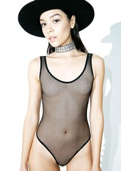 Mesh With Yr Mind Bodysuit cuz we can't stay focused when ya look this good, bb. This mega hott sleeveless bodysuit features a black fishnet construction, curve huggin' fit, scoop neck, and deeeep plunge back.