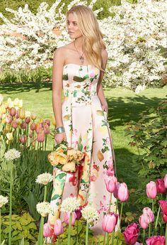 STRAPLESS FLORAL PRINT DRESS #weddings #bridesmaid #camillelavie #groupusa #bridesmaiddress  #strapless #floral #printdresses