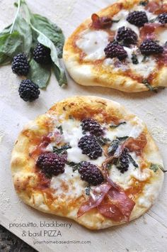 Proscuitto, Blackberry & Basil Pizza is part of Pepperoni pizza Sticks Fun - One recipe of Pizza crust makes two full size pizzas Pizza Sauce recipe will provide enough for two pizzas All other ingredients below are for one pizza Pizza Pizza, Flatbread Pizza, Pizza Party, Prosciutto Pizza, Enjoy Your Meal, Slow Cooker Desserts, Gourmet Desserts, Cooking Recipes, Healthy Foods