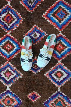 WILD WIND TRAIL 8'9 x 5'4 Boucherouite Rug. Tapis by pinkrugco Kids Decor, Decor Ideas, Porch Plans, Kids Room Design, Diy Food, Cool Kids, Moroccan, Your Design, Floors