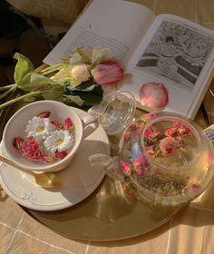 Spring Aesthetic, Flower Aesthetic, Aesthetic Food, Aesthetic Photo, Aesthetic Pictures, Nature Aesthetic, Yellena James, Inspiration Tattoos, Flower Tea