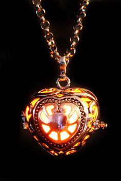 Fairy Punk Jewelry Necklace Heart Locket by CatherinetteRings Fee Punk Schmuck Halskette Herz Medaillon von CatherinetteRings Punk Jewelry, I Love Jewelry, Jewelry Accessories, Fashion Jewelry, Jewelry Design, Heart Jewelry, Jewelry Making, Girls Necklaces, Jewelry Necklaces