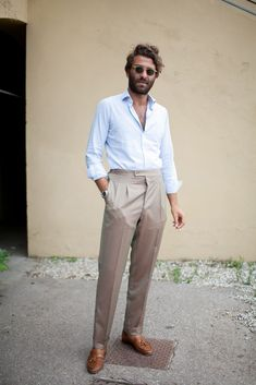 They Are Wearing Pitti Uomo is part of Mens street style - Mens Fashion Blog, Fashion Mode, Look Fashion, Fashion Trends, Fashion Styles, Street Fashion, Men Summer Fashion, Fashion Menswear, Fashion Photo