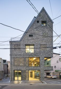 Image 5 of 29 from gallery of Old brick house / AtelierJun. Photograph by Namgoong Sun Old Bricks, The Gables, Brickwork, Building Materials, Brick Wall, Building A House, Architecture Design, House Ideas, Floor Plans