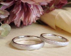 ストレートフォルムの結婚指輪(オーダーメイド/手作り) テクスチャをそれぞれのお好みでお仕立てしました。 [marriage,wedding,ring,bridal,Pt900,マリッジリング,結婚指輪,オーダーメイド,ith,イズ]