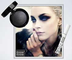Halloween Eye Make Up Inspiration Make Up Looks, Looks Halloween, Halloween Makeup, Zombie Makeup, Halloween Raven, Ghost Makeup, Zombie Face, Halloween Contacts, Makeup Art