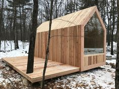 Tiny House Movement and Why it's so Popular - Rustic Design Tiny Cabins, Tiny House Cabin, Tiny House Living, Tiny House Design, Tiny Houses, Modern Cabins, Small Cabin Designs, Eco Cabin, Modern Tiny House