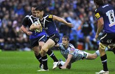 Bath centre Dan Hipkiss on the attack - getting away with it