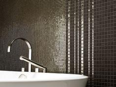 Mosaik Fliesen Bad in braun