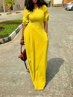 Amaze everyone for the entire evening in this dress. If you want to see more models, we have a wide range of dresses. #dresses #womenswear #summerstyle #springstyle #queenfy