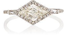 MP Mineraux Kite-Shaped White Diamond Ring