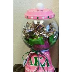 Personalized candy jar use as a template; use pretty colors like red & white of course Sigma Lambda Gamma, Alpha Kappa Alpha Sorority, Sorority And Fraternity, Delta Phi, Aka Sorority Gifts, Sorority Fashion, Aka Paraphernalia, Greek Gifts, Pink Apple