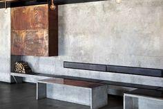 betonová stěrka na chodbu Old Factory, Outdoor Furniture, Outdoor Decor, Restaurant Bar, Dining Bench, Entryway Tables, House Design, Studio, Home Decor