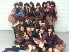 Give Me Five group shot #AKB48