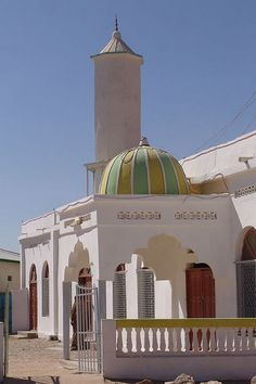 Hargesia, Somaliland, Africa - Yellow and green mosque by CharlesFred, via Flickr