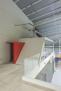 Galería de Edificio corporativo Comercial Sinsef / The Standard - 10