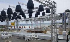 Pixel-Sound - Sistema di contenimento sonoro per piste discoteca estivi. Audiovideoluci. Powered by EqSpeakers.