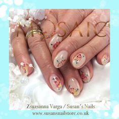 Mosaic uv lac design Salon Nails, Nail Technician, Nail Artist, How To Do Nails, Mosaic, Design, Mosaics, Design Comics