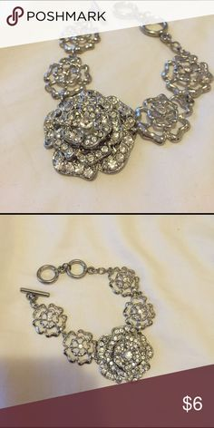 Chain bracelet Worn once. Listed f21 for views Forever 21 Jewelry Bracelets