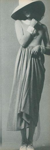 dress with peter pan collar